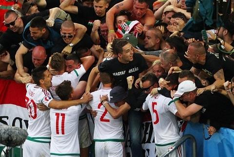 Iceland vs Hungary (23h00 ngay 1806) Tin vao lich su hinh anh 2