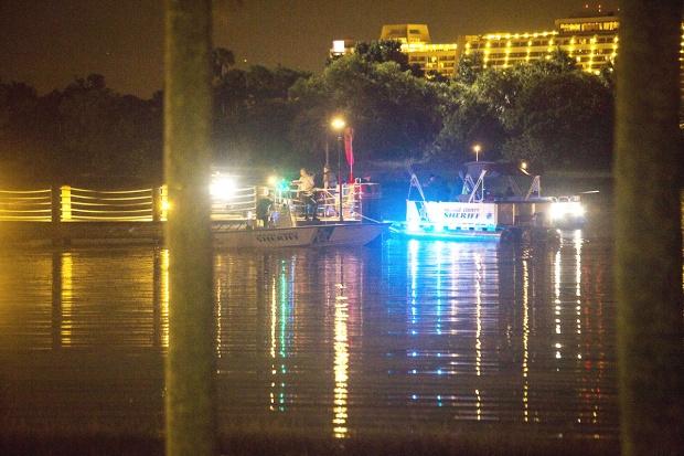 Lại thêm 4 con cá sấu bị bắn chết trong quá trình tìm kiếm cậu bé rơi xuống hồ gần Disney World - Ảnh 3.