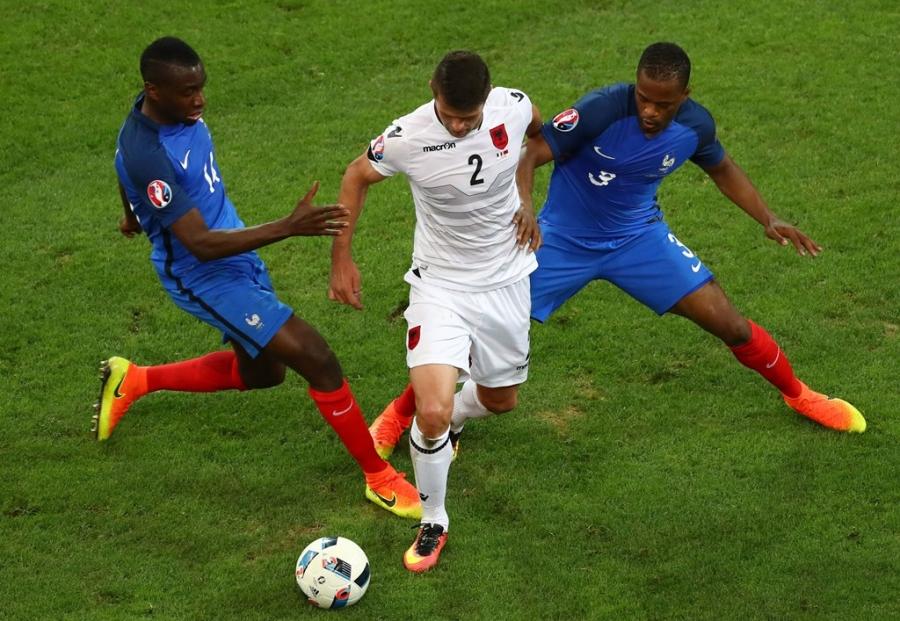 Doi hinh hay nhat luot thu hai vong bang Euro 2016 hinh anh 6