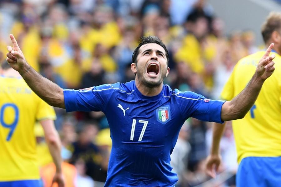 Doi hinh hay nhat luot thu hai vong bang Euro 2016 hinh anh 10
