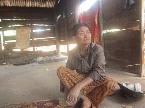 Bà Ka Thyu khốn khổ vì món'nợ xương cốt'.