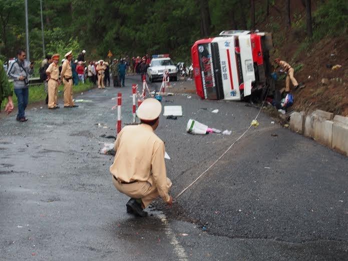 Hiện trường vụ tai nạn trên đèo Prenn. Ảnh: Kim Anh