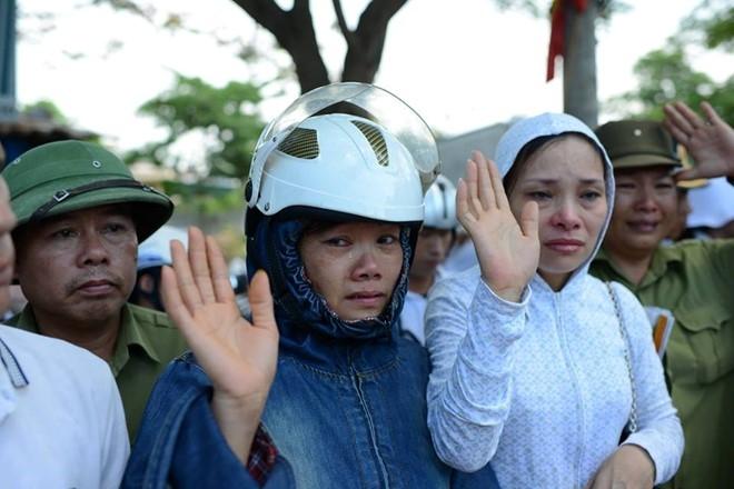 Dai ta Tran Quang Khai ra di da de lai danh thom, tieng tot hinh anh 2