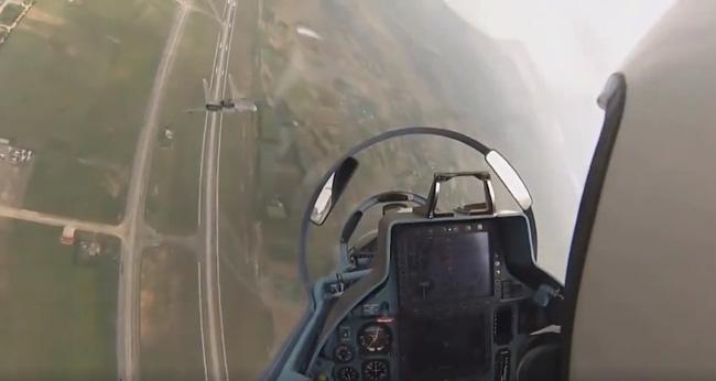 Chúng ta vừa mất đi Đại Tá Trần Quang Khải - một phi công lái Su-30 giỏi nhất Việt Nam - Ảnh 3.
