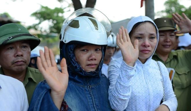 Hinh anh xuc dong trong dam tang phi cong Tran Quang Khai hinh anh 15