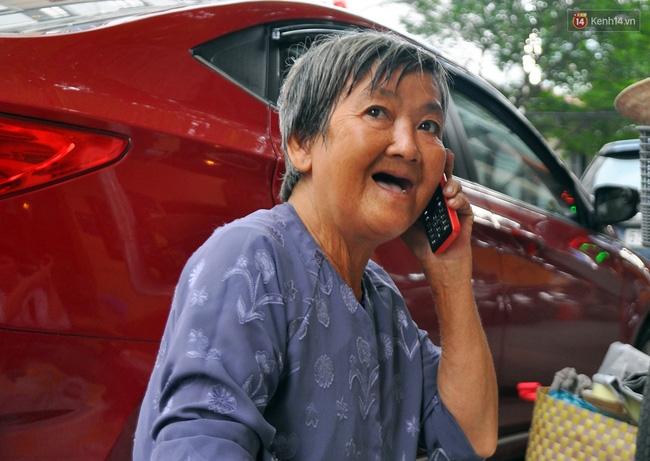 Mỗi ngày, bà cụ 66 tuổi lại lặn lội 20km lên Sài Gòn bán dạo gốm sứ nuôi con cháu... - Ảnh 6.