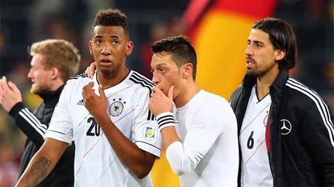 Nội bộ ĐT Đức đấu đá nhau