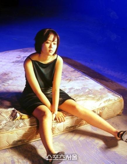 Nữ diễn viên đóng phim nóng vì phải gánh nợ cho cha - Ảnh 8.