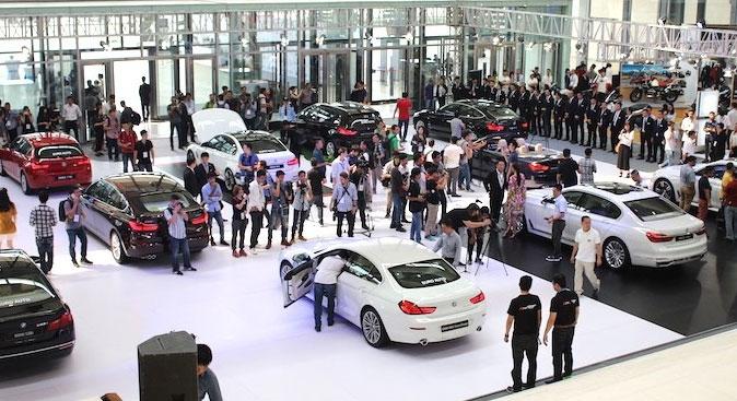 xe sang, thị trường, doanh số, mẫu, dung tích xi lanh, thuế tiêu thụ đặc biệt, giá tăng, hãng xe, phân khúc.