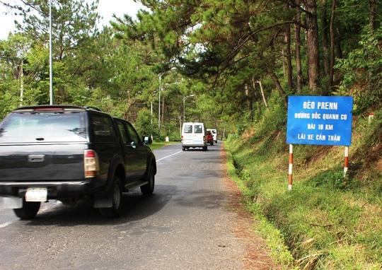 Đèo Prenn nhỏ hẹp, dốc rất nguy hiểm