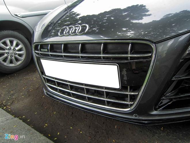 Sieu xe Audi R8 V10 mau la o Sai Gon hinh anh 2