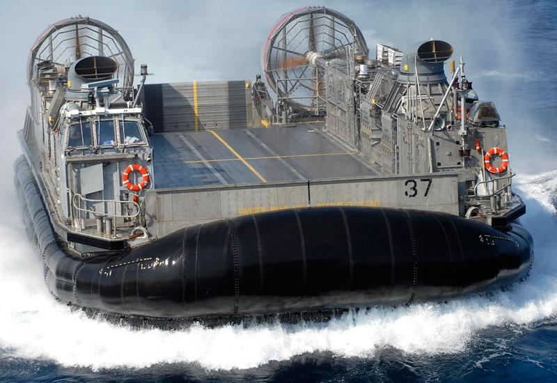 LCAC, tàu, tàu đệm khí, đệm khí, vũ khí, sức mạnh, đổ bộ, Hải quân Mỹ