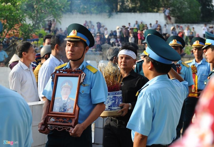 Hang nghin nguoi dua tien dai ta phi cong Tran Quang Khai hinh anh 4