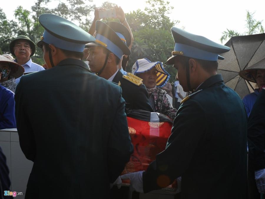 Hang nghin nguoi dua tien dai ta phi cong Tran Quang Khai hinh anh 5