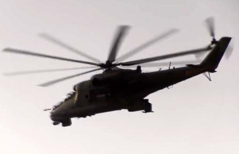 Mi-24 Nga khiến tên lửa phòng không vác vai Stinger bất lực  - Ảnh 1.
