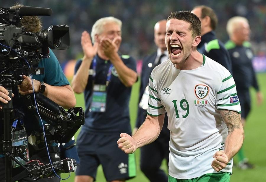 CDV tran nuoc mat khi CH Ireland danh bai Italy hinh anh 2