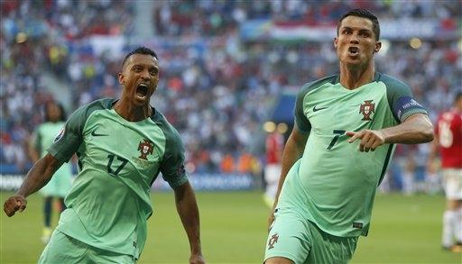 Càng giận dữ, C.Ronaldo càng mạnh mẽ