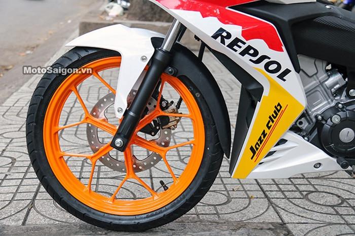 Honda Winner độ tem phong cách MotoGP đầu tiên tại Việt Nam - ảnh 7