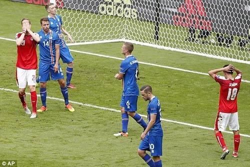 Iceland - Áo: Tỏa sáng phút bù giờ - 1