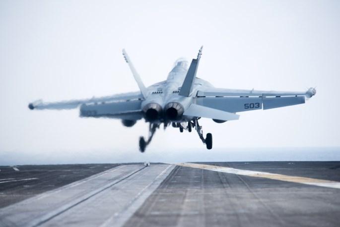 Mỹ biểu dương lực lượng quân sự hùng hậu trên Biển Đông - ảnh 4