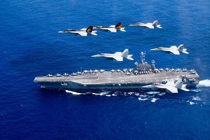 Mỹ biểu dương lực lượng quân sự hùng hậu trên Biển Đông - ảnh 6