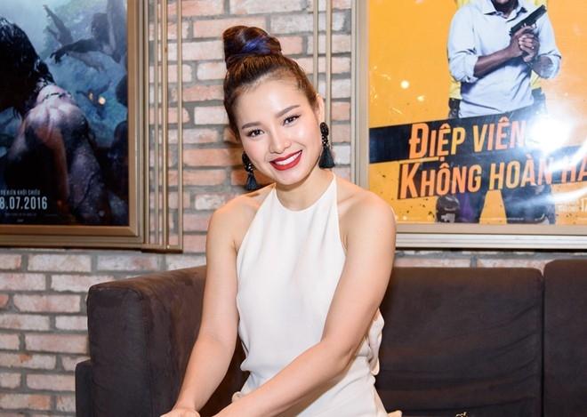 Phuong Trinh Jolie: 'Toi chia tay vi ban trai qua ghen' hinh anh 1