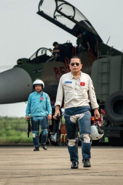 Xúc động bài thơ Đỗ Nhật Nam gửi tặng con gái phi công Trần Quang Khải - Ảnh 2.