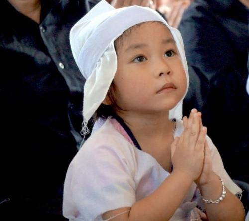 Xúc động bài thơ Đỗ Nhật Nam gửi tặng con gái phi công Trần Quang Khải - Ảnh 3.