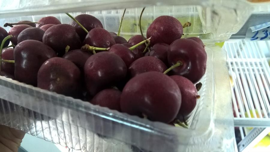 Cherry ba không: không bao bì, không nhãn mác, không xuất xứ và không thời hạn sử dụng
