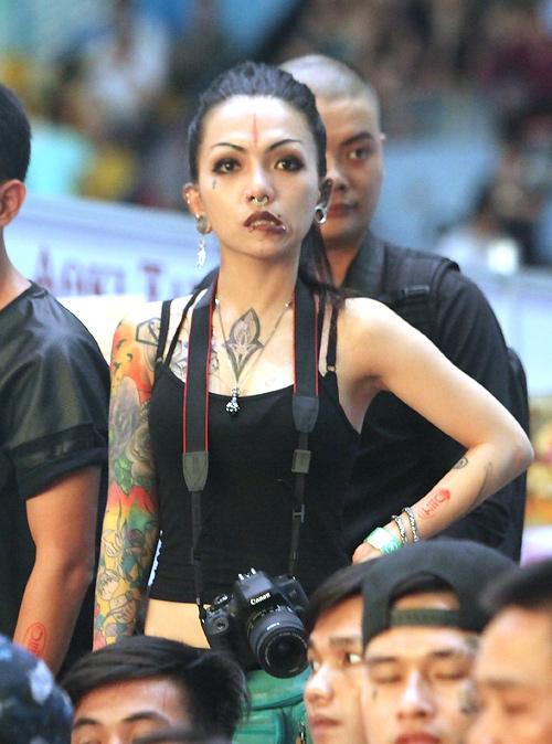 Soóc ngắn sexy ngập tràn lễ hội xăm mình ở Hà Nội - 9