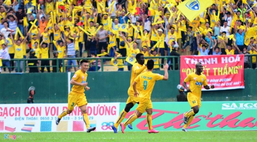 Trong Hoang nhan the do, Binh Duong thua Thanh Hoa 0-3 hinh anh 3