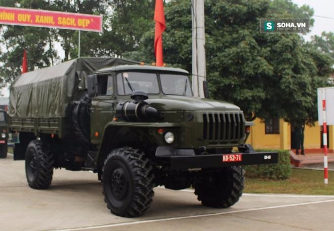 Xe quân sự Ural mắt híp mới: Chinh phục khách hàng Việt Nam? - Ảnh 1.