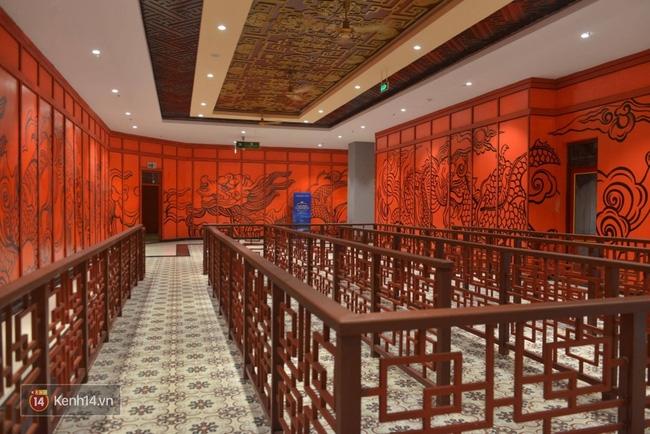 Cận cảnh cáp treo mới với cabin có sức chứa 230 người tại Quảng Ninh - Ảnh 11.