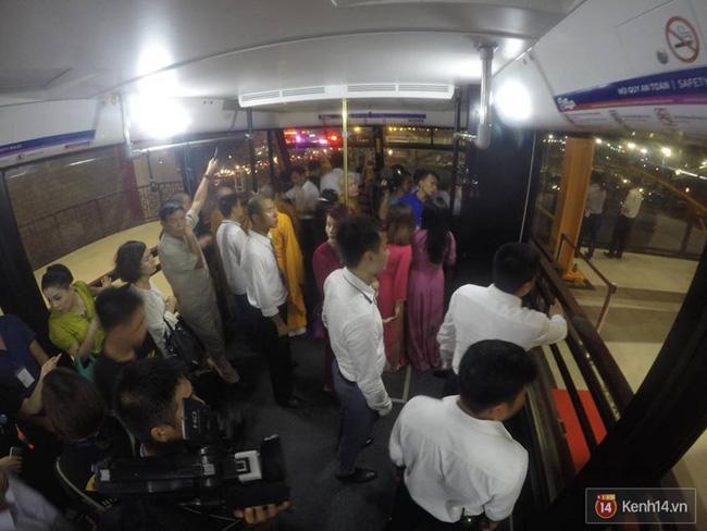 Cận cảnh cáp treo mới với cabin có sức chứa 230 người tại Quảng Ninh - Ảnh 21.