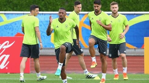 duc - slovakia: than trong khong thua hinh 0