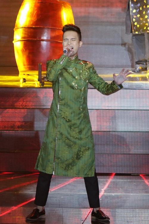 Tuấn Phương làm mới mình với mashup 'Hồ trên núi - Chảy đi sông ơi'. Thanh Lam thấy thử thách này rất mới với Phương, và hôm nay anh hát hay hơn những buổi tập. Tùng Dương hài lòng vì Tuấn Phương hát dân gian đương đại có nét riêng, không bị ảnh hưởng bởi anh.
