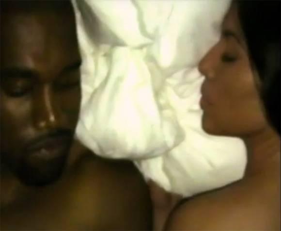 Những ai đã xuất hiện trong MV trần như nhộng gây rúng động showbiz của Kanye? - Ảnh 4.