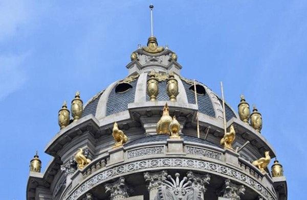 đại gia, lâu đài dát vàng, lâu đài nghìn tỷ, thế giới di động, bầu đức, người giàu nhất việt nam