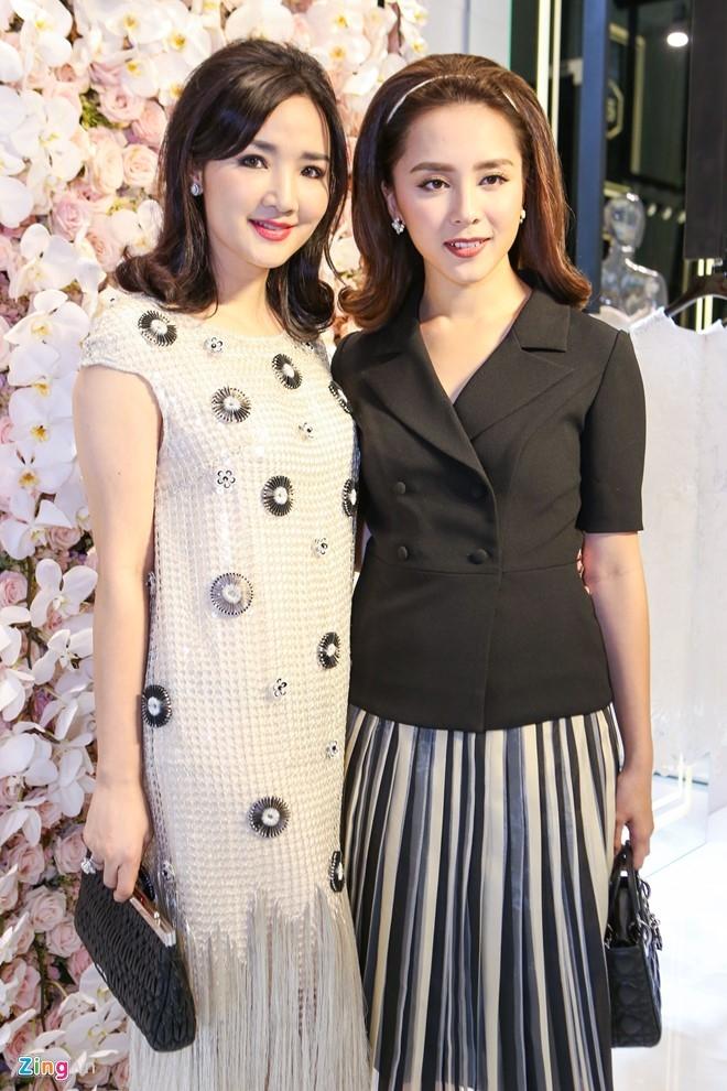 Toc Tien, Angela Phuong Trinh noi bat o su kien hinh anh 3