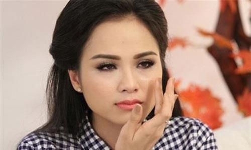 Diễm Hương đã không thể chịu được cuộc sống tù túng, ghen tuông vô cớ của chồng giàu có.