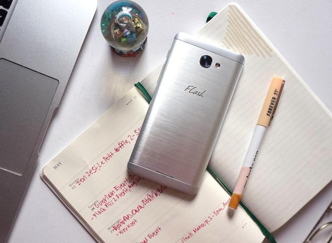 5 smartphone giá rẻ, cấu hình mạnh vừa về Việt Nam