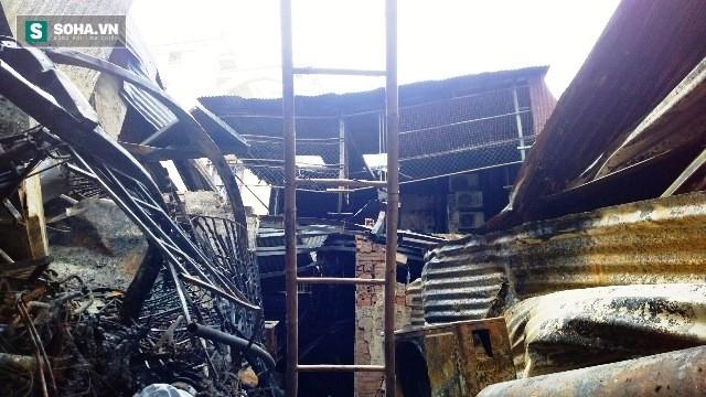 Hiện trường vụ hỏa hoạn khiến 4 người trong gia đình thiệt mạng - Ảnh 2.