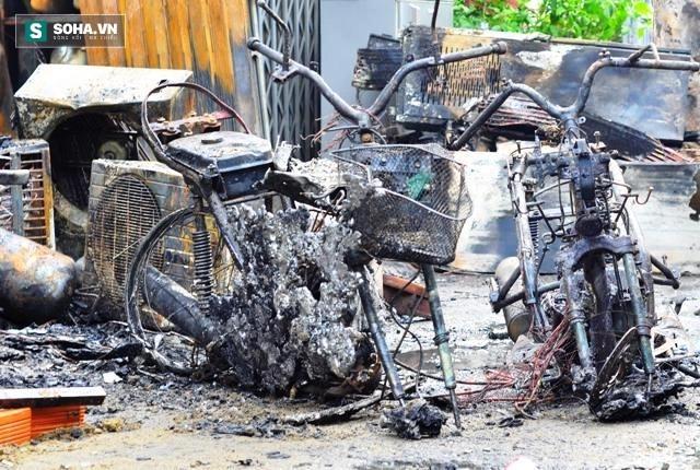 Hiện trường vụ hỏa hoạn khiến 4 người trong gia đình thiệt mạng - Ảnh 8.