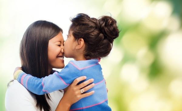 đọc sách, nuôi dạy, trí tuệ, gia đình, nuôi dưỡng, hôn con, bữa ăn