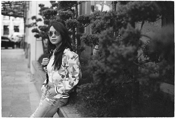 my-tam-chup-anh-den-trang-kieu-thap-nien-1980-2