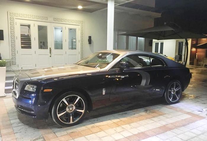"""Phan Thành mua Rolls-Royce Wraith """"đua"""" với Cường Đô La - ảnh 3"""