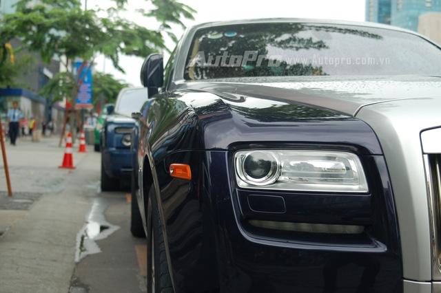 Rolls-Royce Ghost thế hệ mới có giá bán chính hãng vào khoảng 18 đến 21 tỷ Đồng tùy theo phiên bản.