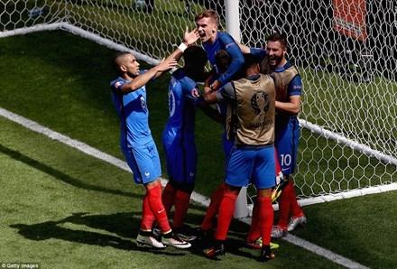 Pháp thường xuyên giải quyết trận đấu trong hiệp 2.