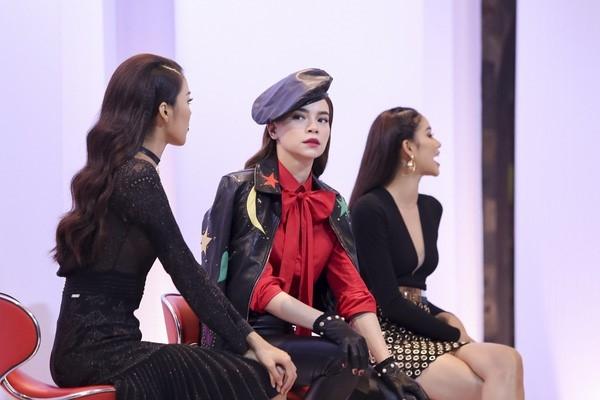 Vi sao Ha Ho che Pham Huong thieu kinh nghiem day catwalk? hinh anh 1
