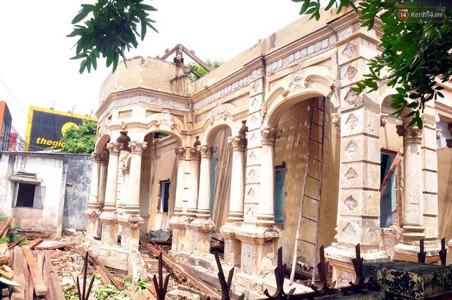 Biệt thự cổ hơn 100 năm tuổi ở Sài Gòn bị đập bỏ khiến nhiều người tiếc nuối - Ảnh 9.